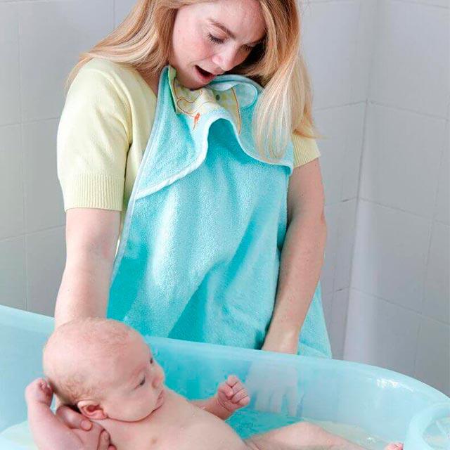 bañar a tu bebe