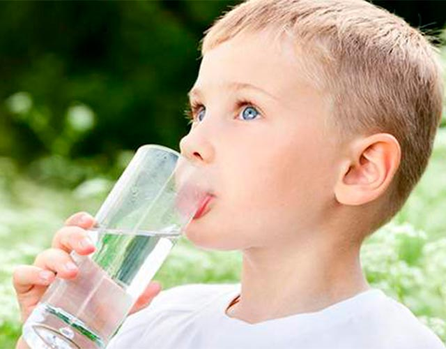 Deshidratación en niños: cuáles son sus síntomas más comunes