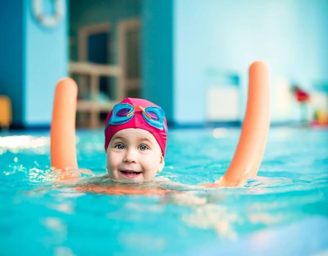 matronatación natación para bebes