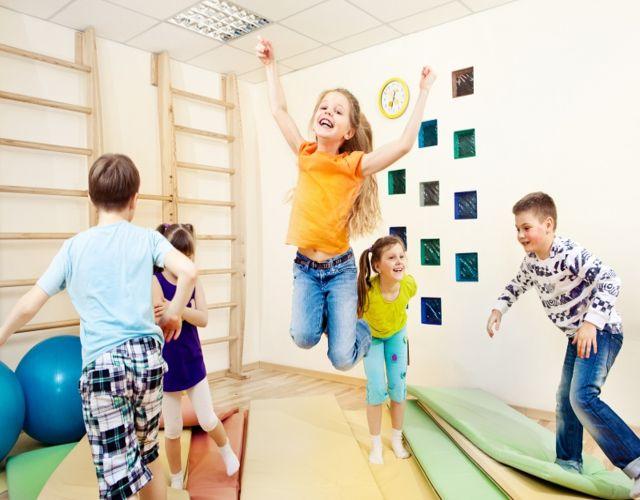 Niños hiperactivos y señales