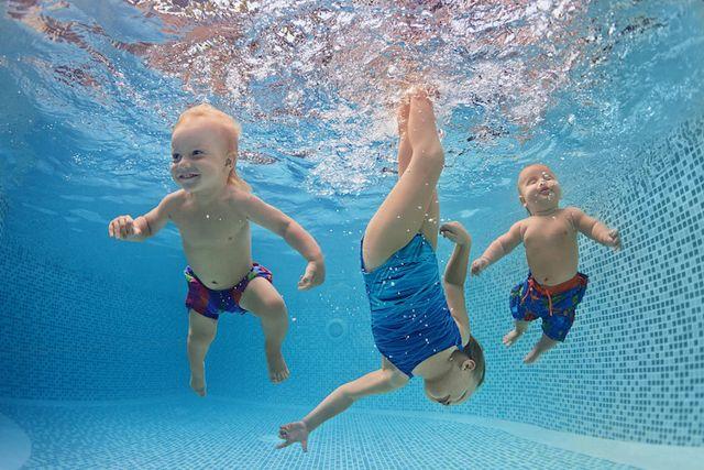 natación para bebés y sus rieesgos