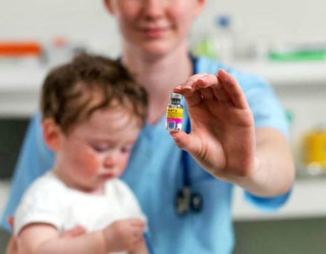 Vacuna triple vírica y autismo