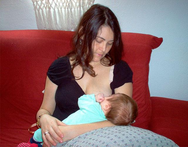 Cómo alimentar a tu bebé las primeras 24 horas