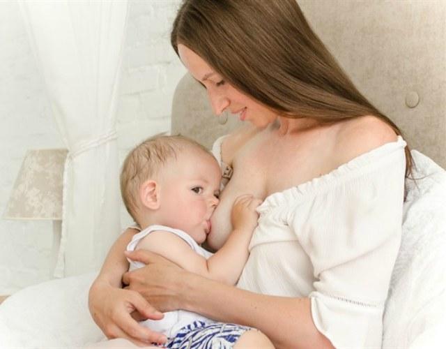 Cómo saber si la leche materna es suficiente