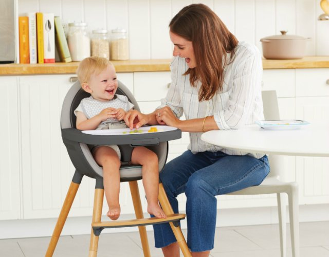 Elegir una silla alta periquera
