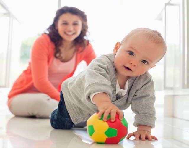 gatear juegos para bebés de 8 meses