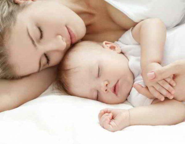 cómo dormir con el bebé