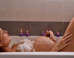 ducharse con agua caliente durante el embarazo
