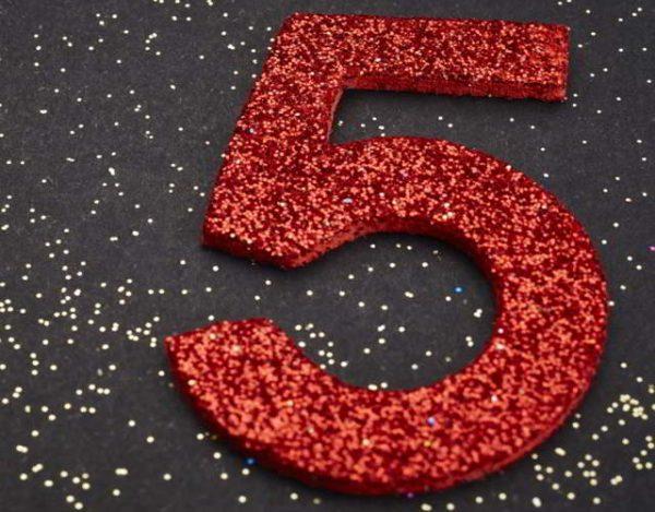 el número 5 en numerología