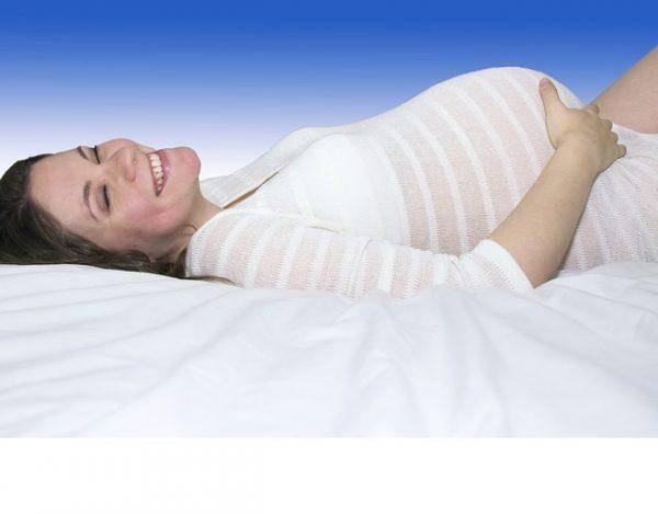 ¿Por qué se produce el exceso de salivación en el embarazo?