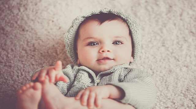 Bebés peludos al nacer