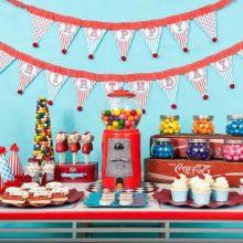 Divertidos centros de mesa para fiesta infantil