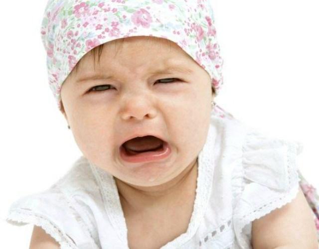 el bebé sigue llorando