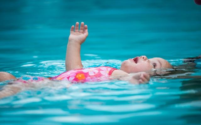 estimulación en el agua
