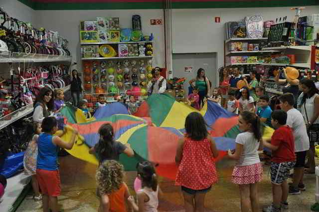 juegos para cumpleaños de 4 años paracaídas