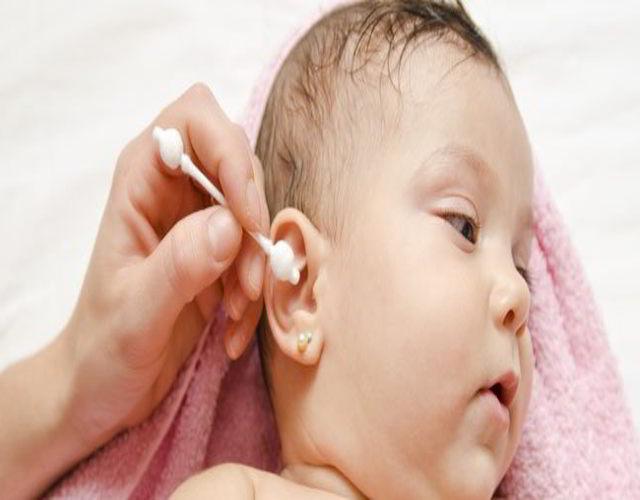 exceso de cera en los oídos
