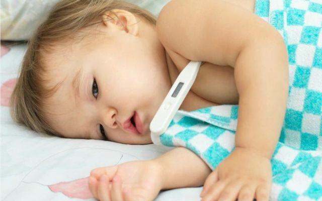 Errores cuando el bebé tiene fiebre