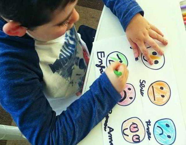 juegos para trabajar las emociones de los niños