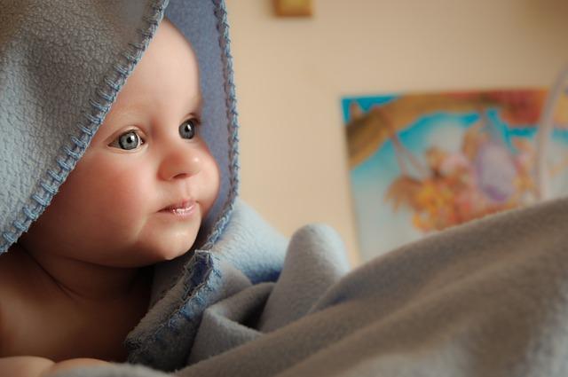 Nombres de bebé inspirados en el amor para niños