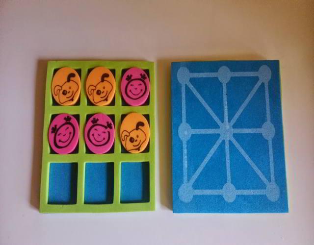 juego de tres en raya con los niños