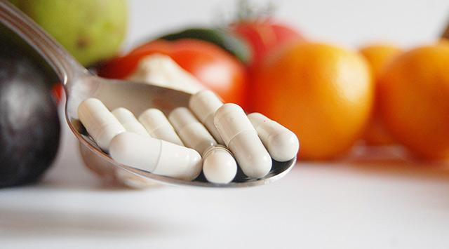 Cómo enseñar a los niños a tragar píldoras