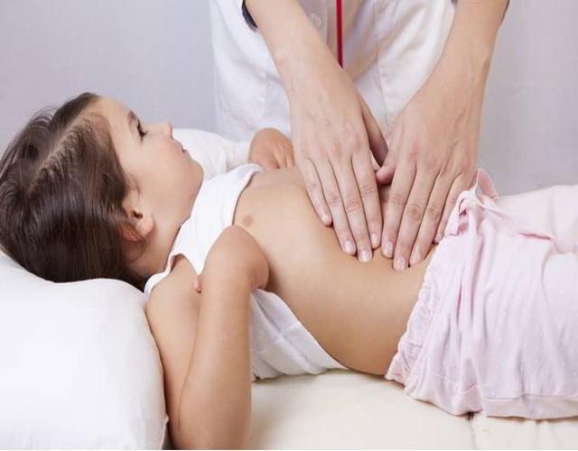 Cómo detectar una apendicitis en los niños