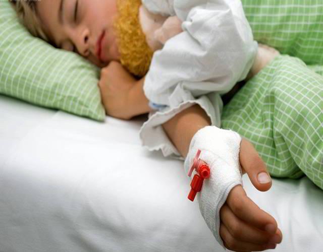Cómo se trata la salmonelosis en los niños