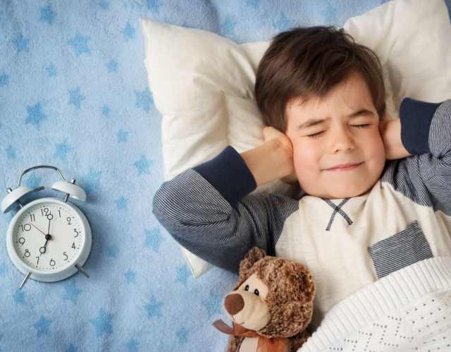 consejos para enseñar a los hijos a levantarse solos