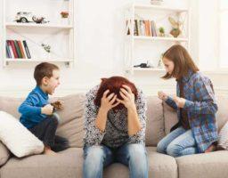 Cuando intervenir en las peleas entre niños