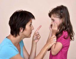 Que NO decirle a un niño cuando llora