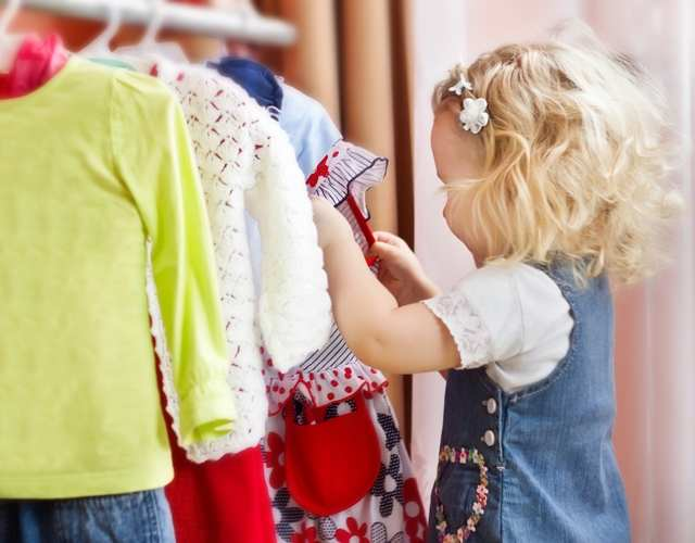 claves para enseñar a los niños vestirse solos
