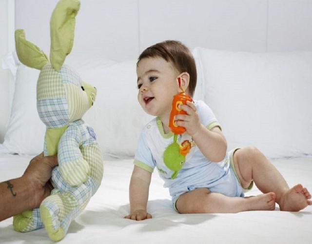 Desarrollo del lenguaje de 4 a 6 meses de nacido