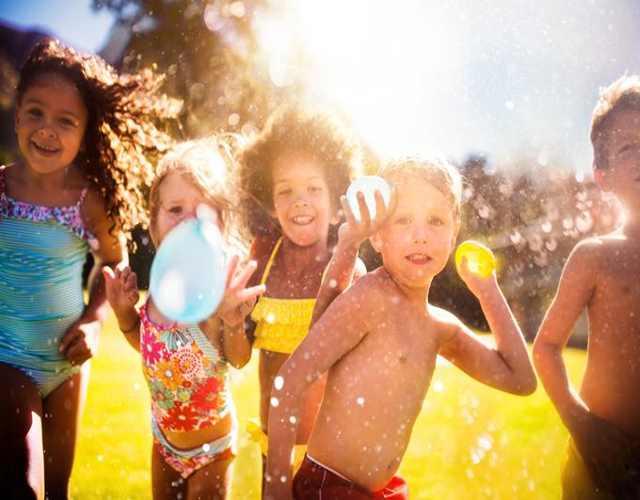 Juegos con agua para niños globos de agua voladores