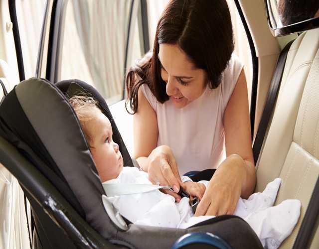 Consejos para que el bebé no llore en la silla del coche