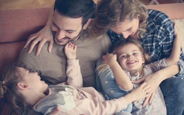 criar a hijos felices