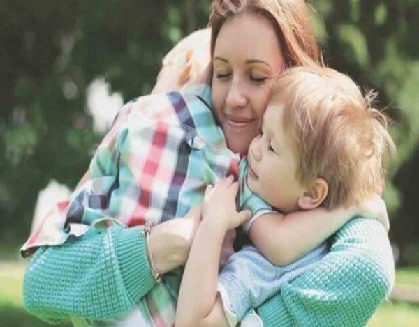 abrazos en los niños