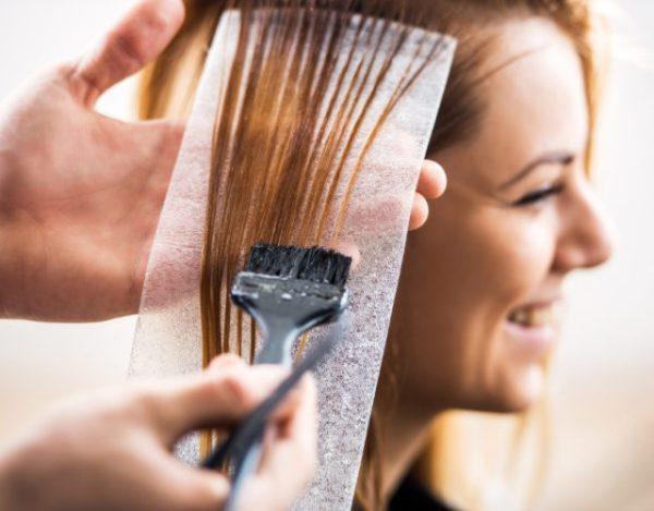 teñir el pelo durante la lactancia