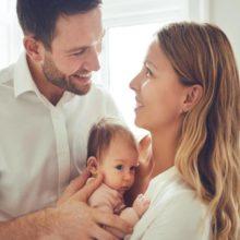 Cómo puede ayudar papá durante la lactancia