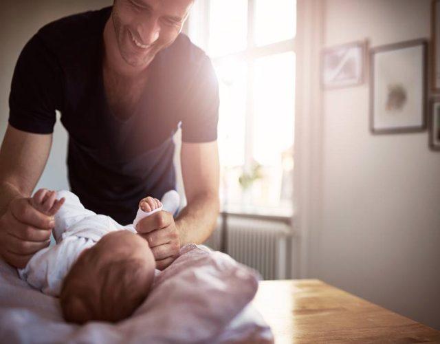 Padre soltero mediante gestación subrogada
