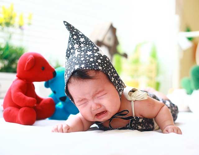 calmar a un bebé que llora mucho